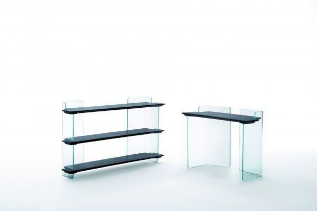"""Highline"" - szklane biurko, kredens i biblioteczka"