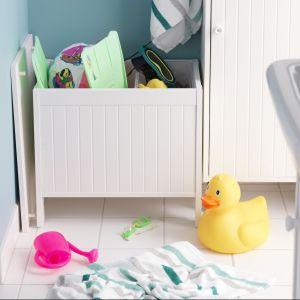 Skrzynia do przechowywania w łazience? Pewnie, że tak. Do schowania ręczników lub kąpielowych zabawek dziecięcych. Fot. IKEA