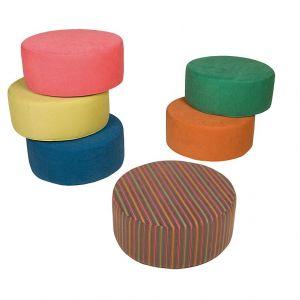Okrągły, kolorowy i bardzo wygodny puf Circle. Fot. sits