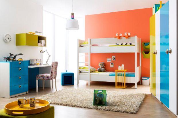 Któż z nas w dzieciństwie nie marzył o piętrowym łóżku? A jeśli już takowe łóżko w domu było, to o co toczyła się odwieczna walka? Oczywiście o to, kto śpi na górze. Zobaczcie najlepsze łóżka dla dzieci– do zabawy i do wypoczynku