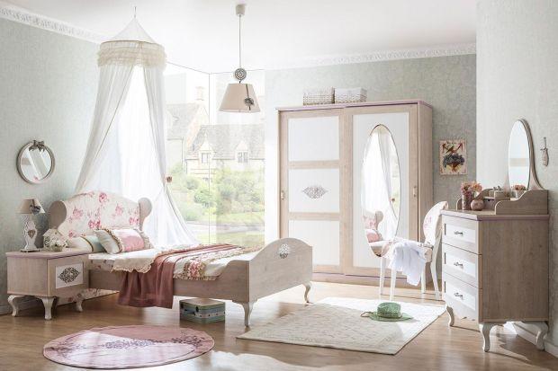 Stylowe, doskonałe do pokoju małej księżniczki lub też eleganckie, idealne dla małej damy. Urządzając pokój dziewczynki warto puścić wodze fantazji i wybrać meble rodem z królewskiego pałacu. Obowiązkowo w białym kolorze.