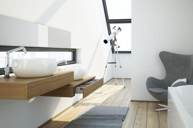Meble do łazienki z rysunkiem drewna są wyjątkowe same w sobie. Nie tylko ze względu na oryginalny, dopracowany wygląd, ale także z uwagi na pewność, że szybko nam się nie znudzą.