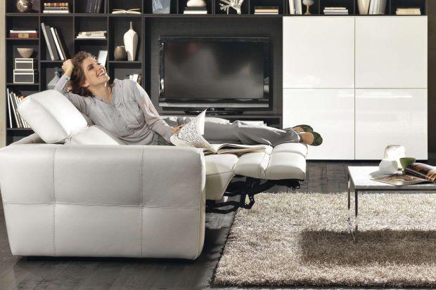 Sofa z funkcją relaksu to wspaniały element wyposażenia salonu. Nie tylko pięknie się prezentuje, ale również zapewnia ogromną wygodę.
