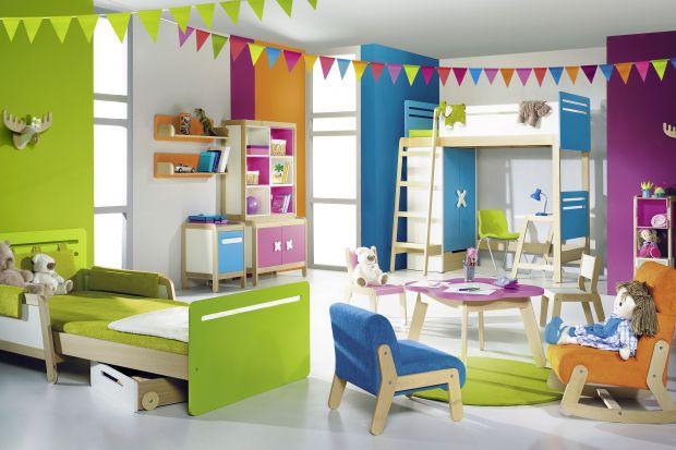 Niezwykle kolorowa kolekcja mebli dziecięcych.