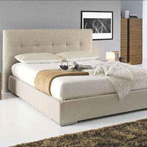 Sypialnia Swami marki Kler to modne tapicerowane łóżko, które nada każdej sypialni eleganckiej nowoczesności. Fot. Kler
