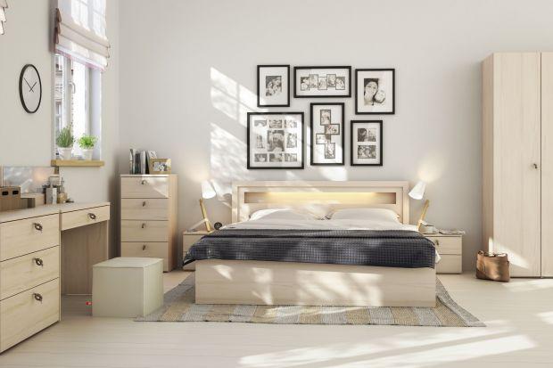 Meble do sypialni. 10 kolekcji z jasnego drewna