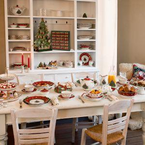 Na świątecznym stole pięknie wyglądają talerze z motywami czerwonej jarzębiny czy zielonych listków. Można je śmiało łączyć z białą porcelaną Fot. VB Christmas