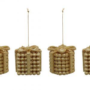 Złoty to jeden z kolorów, które najbardziej kojarzą się ze świętami. Złote bombki w kształcie prezentów pięknie komponują się z zielenią choinkowych gałązek. Fot. Littlewoods