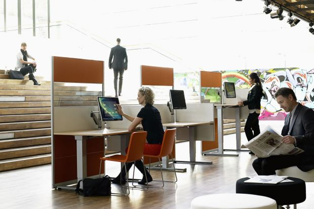 Biuro to wizytówka firmy. Jak je więc urządzić, aby było nie tylko funkcjonalne, ale i nowoczesne? Właśnie podpowiadamy...