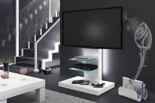 Idealny mebel dla kinomaniaków lub do salonu, w którym telewizor gra główną rolę dekoracyjną.
