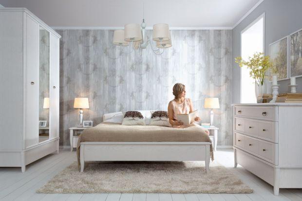 Klasyczne meble odznaczają się nie tylko pięknem, ale również perfekcyjną jakością. Wszystko jest w nich doskonałe, każdy szlif, element i detal. Zobacz piękne kolekcje do sypialni.
