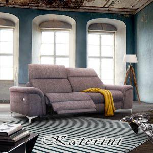 W sofie Katerini zastosowano wielowarstwowe wypełnienia siedzisk, funkcję relax oraz wielostopniowo regulowane zagłówki. Fot. Poldem