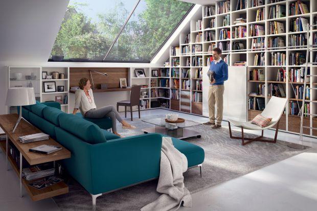 Skośne sufity w mieszkaniu sprawiają, że wygląda ono efektownie i przytulnie, ale miejsca pod skosami nie są łatwe do zagospodarowania. Warto poświęcić trochę czasu i uwagi na dobór odpowiedniego umeblowania.