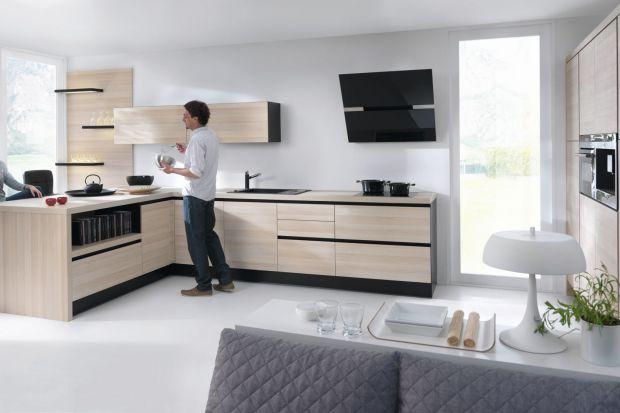 Kuchnia z rysunkiem drewna potrafi zachwycać i jest niebywałą dekoracją całego domu. Zarówno w wersji klasycznej jak i nowoczesnej. Przekonajcie się sami...