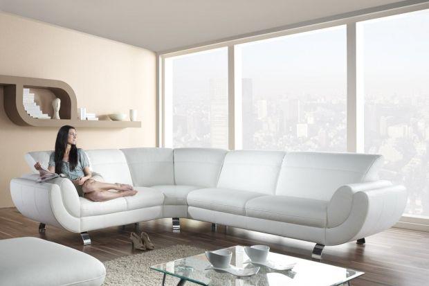 Biała kanapa. Najnowsze propozycje w skórze i tkaninie
