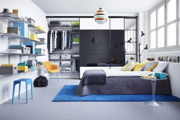 Pojemna, funkcjonalnie zaprojektowana garderoba jest niezwykle przydatna. Do naszego domu wnosi porządek, a w nasze życie ład. Dziś pokazujemy jakstworzyć estetyczne i praktyczne miejsce do przechowywania ubrań.