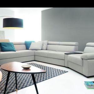 Narożnik Zoom marki Etap Sofa to mebel doskonały na większe przyjęcia. Długie siedzisko zapewni dużą ilość miejsca do siedzenia. Fot. Etap Sofa