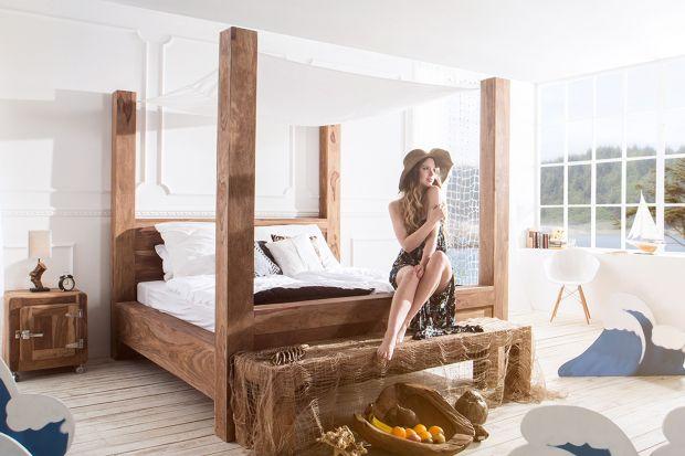 Baldachim dyskretnie otula łóżko, chroniąc je przed wzrokiem pozostałych domowników oraz tworząc w sypialni bezpieczny azyl. Sprawia, że nasza sypialnia nabiera iście królewskiego charakteru.