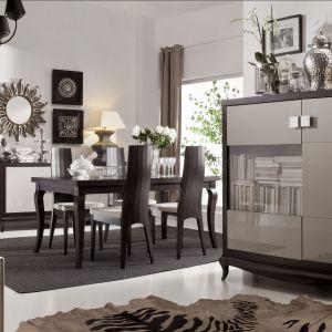 Kolekcja Laviano jest elegancka i stylowa. Duża ilość przeszkleń sprawia, że wnętrze wygląda lekko i przyjemnie. Fot. Bydgoskie Meble