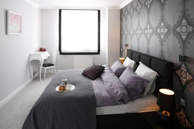 Łóżko w sypialni. Świetne inspiracje na modny zagłówek