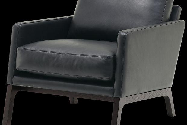 """""""Monte"""" to fotel nawiązujący stylistycznie do lat 60."""