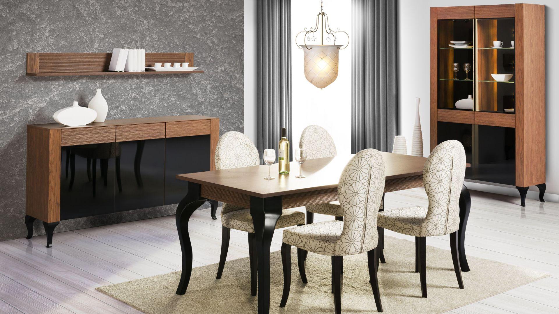 Jadalnia Alcamo łączy w sobie elegancję z funkcjonalnością. Stylowe nogi stołu dodają kolekcji charakteru. Fot. Szynaka Meble