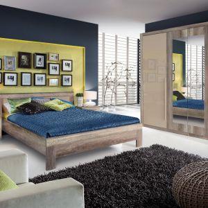 Sypialnia Malvagio łączy w sobie dekor dębu antycznego z kolorem beżowym, dzięki czemu jest przytulna i delikatna. Fot. Forte