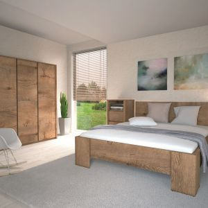 Sypialnia Montana dla miłośników tradycyjnych rozwiązań. Meble wyróżniające się ciepłym odcieniem drewna świetnie ocieplą wnętrze sypialni. Fot. Gała Meble