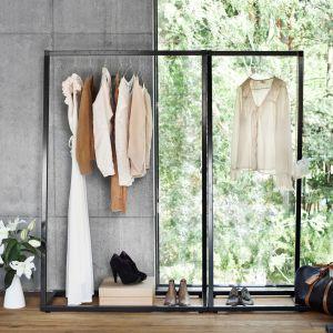 Wieszak na płaszcze Lume dedykowany jest miłośnikom nowoczesnych rozwiązań. Fot. BE Design