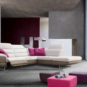 Elementem wyróżniającym narożnik Master jest odmienny kolor tapicerki na podbiciu i siedzisku. Mebel prezentuje się dzięki temu bardzo nowocześnie. Fot. Poldem