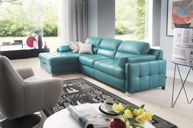 Wybór sofy do małego salonu nie jest prosty. Zobacz, jakie modele sof o niewielkich rozmiarach znajdziesz w polskich salonach meblowych.