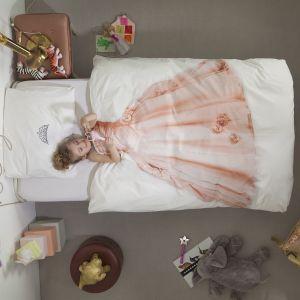 Pościel małej księżniczki z pewnością spodoba się dziewczynkom, które marzą o koronie. Fot. Snurk