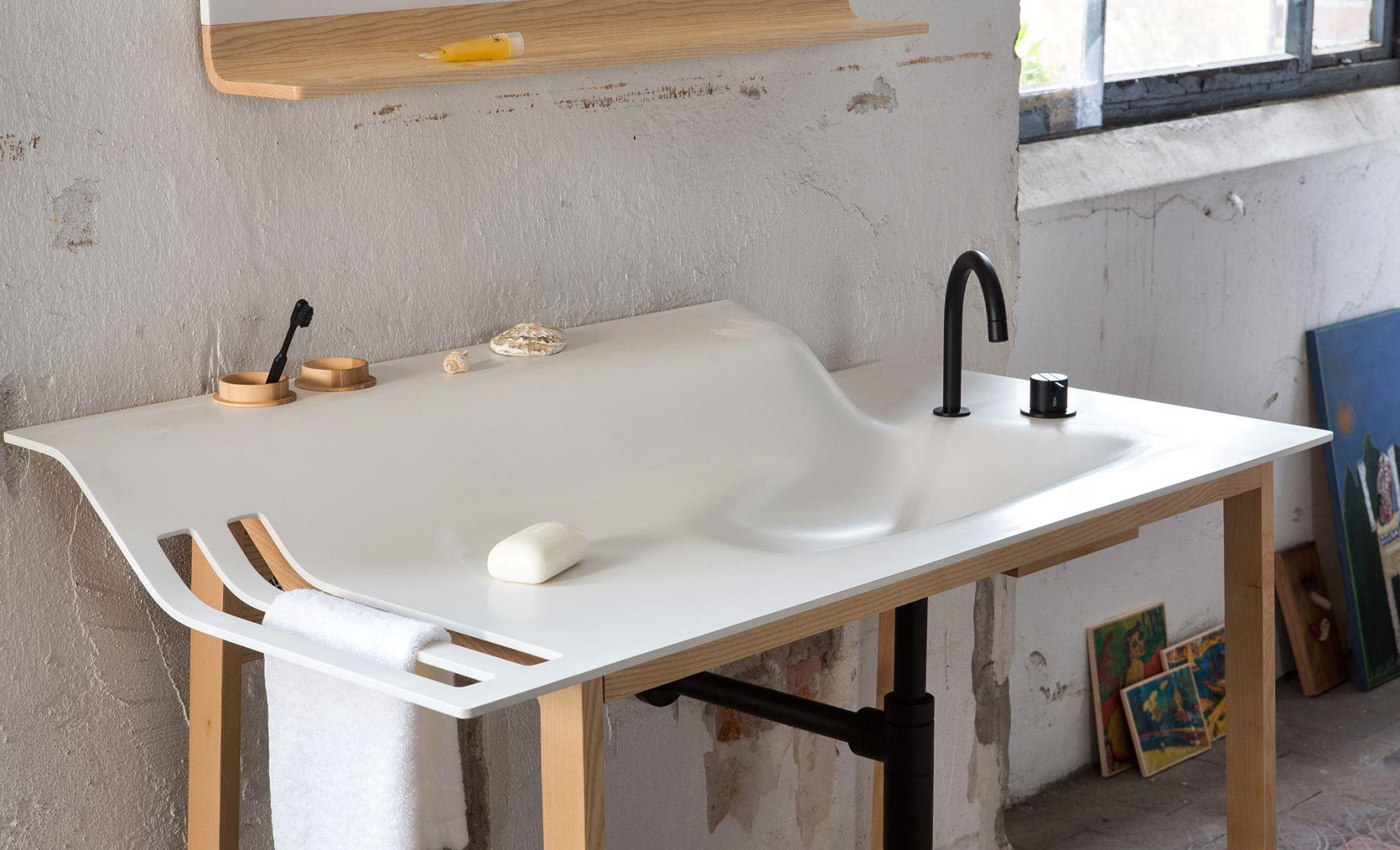 Kolekcja Private Space Waschtisch świetnie sprawdzi się we wnętrzach w stylu loft. Wyróżnia się minimalistyczną formą. Fot. Ellenberger Design