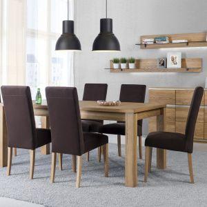 Jadalnia Torino. Stół zestawiono z tapicerowanymi krzesłami, dzięki temu zabiegowi jadalnia zyskała ciekawy wygląd. Fot. Szynaka Meble