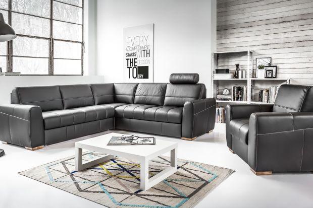 Czarna sofa jest stylowa i elegancka. Sprawdź modele, które wyselekcjonowaliśmy z myślą o ciekawych i oryginalnym wnętrzu.