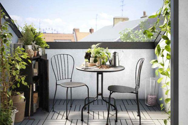 Poranna kawa, śniadanie, romantyczna kolacja – w ciepłe wiosenne dni każdą chwilę warto wykorzystać na delektowanie się piękną pogodą. Idealnym miejscem, gdzie możemy spożywać posiłki na świeżym powietrzu bez wychodzenia z domu, jest bal