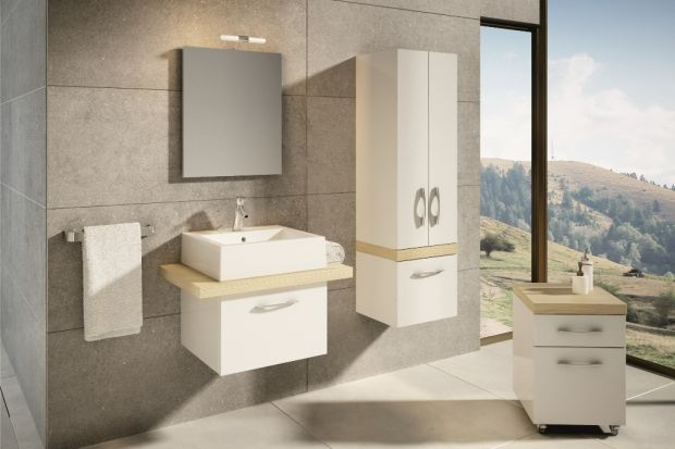 10 sposobów na białe meble do łazienki ocieplone drewnem