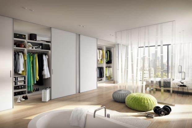 Garderoba w sypialni. To jest modne