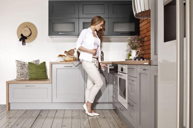 Ta kuchnia to synteza klasyki i nowoczesności. Jest odpowiedzią na wyraźną tendencję przenikania się stylów, co jest cechą charakterystyczną europejskiego designu obecnej dekady.