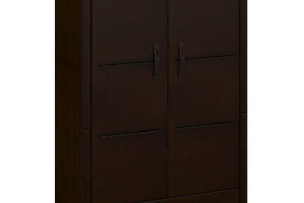 Szafa wykończona jest okleiną naturalną w kolorze Wenge.