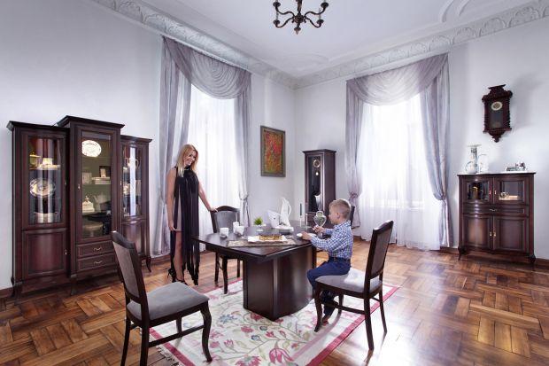 Jadalnia w klasycznym stylu to doskonałe rozwiązanie jeśli chcesz urządzić wnętrze gustownie i z klasą. Zobacz, jakie meble wybrać.