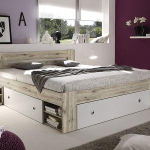 Łóżko Stefan posiada wygodne i pojemne szuflady pod materacem oraz w wezgłowiu. Fot. Black Red White
