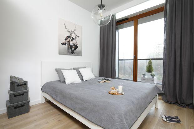 Aranżacja sypialni powinna zapewniać nam wypoczynek po całym dniu. Jej aranżacja jest zatem bardzo istotna. Sprawdź kilka ślicznych pomysłów na wnętrze.