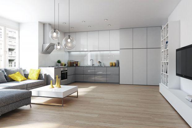 Salon z kuchnią. Jak je ładnie połączyć
