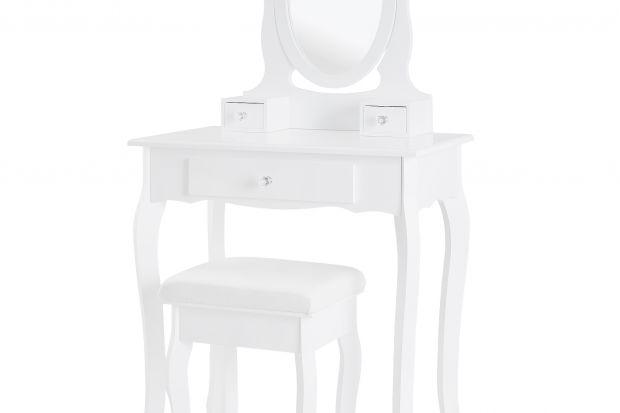 Toaletka w bieli, będąca doskonałym uzupełnieniem kobiecej sypialni.