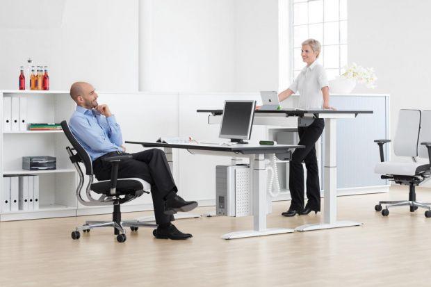 Ergonomiczne i wygodne krzesłobiurowe to spory wydatek. Jest jednak jednym z najważniejszych mebli, który decyduje o wydajności pracowników.