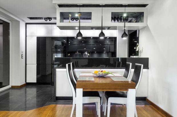 Jeżeli chodzi o wystrój mieszkania, często to właśnie kobiety przejmują inicjatywę. Decydują o wystroju sypialni, łazienki czy salonu. Podobnie jest w przypadku kuchni, a to błąd. Bowiem męska kuchnia może być bardzo stylowa.