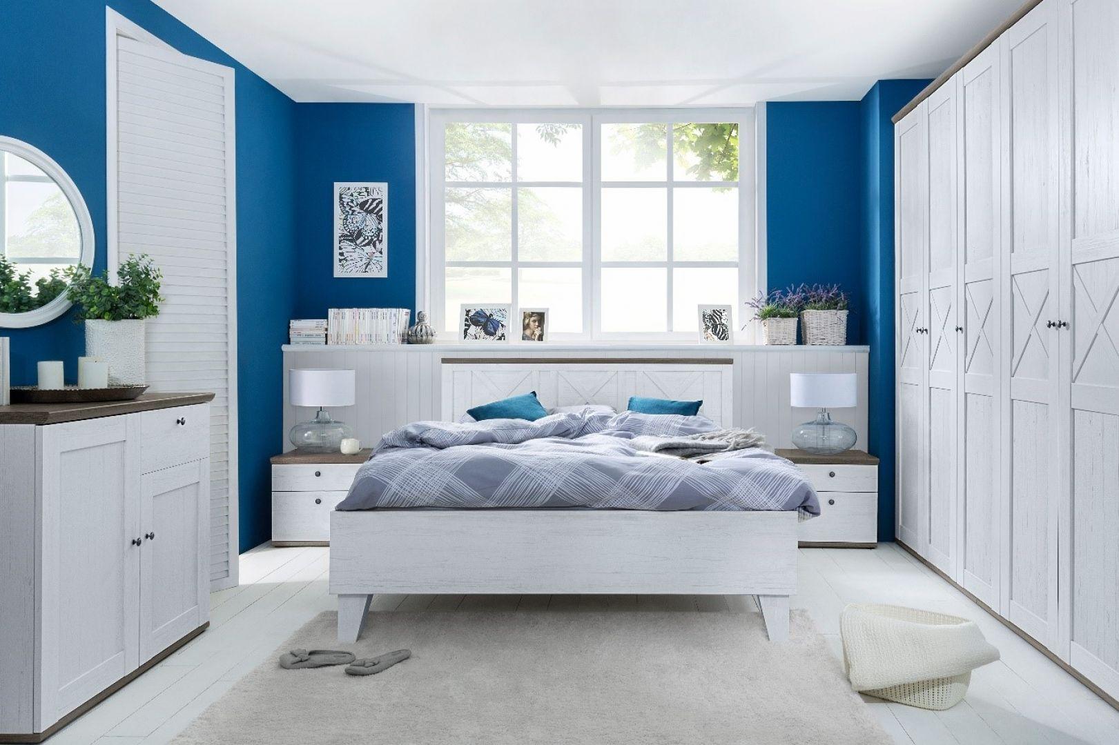 Sypialnia Stockholm optycznie powiększy i rozjaśni małe wnętrze. Fot. Black Red White