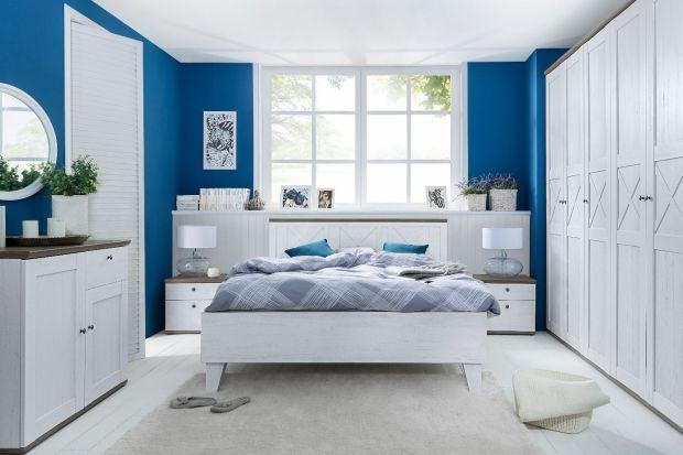 Sypialnia to miejsce, w którym rozpoczynamy i kończymy każdy dzień. Od nocnego wypoczynku zależy nasz nastrój i energia do pracy. Dlatego warto zadbać o sypialnię, jej wystrój i atmosferę w sposób szczególny. Pomogą w tym kolekcje w klasyczny