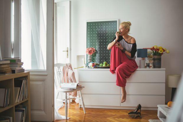 Przechowywanie w salonie - szafy, komody, schowki